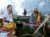 džinističtí mniši při rituálním obřadu